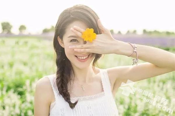 <a href=http://www.qudou86.com/tag/qingchundou/ target=_blank class=infotextkey><a href=http://www.qudou86.com/tag/qingchun/ target=_blank class=infotextkey>青春</a><a href=http://www.qudou86.com/tag/dou_3982/ target=_blank class=infotextkey>痘</a></a>反反复复?这样做把烦恼全部赶走!