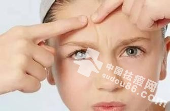 <a href=http://www.qudou86.com/tag/doudou/ target=_blank ><a href=http://www.qudou86.com/tag/dou_3982/ target=_blank >痘</a><a href=http://www.qudou86.com/tag/dou_3982/ target=_blank >痘</a></a>里面挤出来的<a href=http://www.qudou86.com/tag/baise/ target=_blank >白色</a>东西是什么