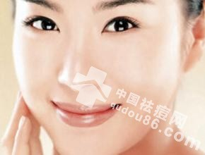 <a href=http://www.qudou86.com/tag/shanghuo/ target=_blank >上火</a><a href=http://www.qudou86.com/tag/lian/ target=_blank >脸</a><a href=http://www.qudou86.com/tag/changdou/ target=_blank >长<a href=http://www.qudou86.com/tag/dou_3982/ target=_blank >痘</a></a><a href=http://www.qudou86.com/tag/dou_3982/ target=_blank >痘</a>怎么<a href=http://www.qudou86.com/tag/kuaisuquchu/ target=_blank >快速去除</a>