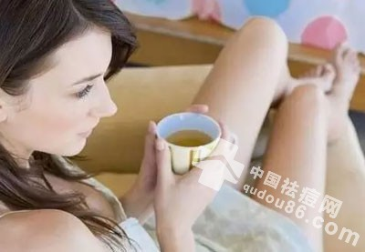 女士<a href=http://www.qudou86.com/tag/dou/ target=_blank >祛<a href=http://www.qudou86.com/tag/dou_3982/ target=_blank >痘</a></a>