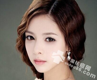 鼻翼<a href=http://www.qudou86.com/tag/changdou/ target=_blank >长<a href=http://www.qudou86.com/tag/dou_3982/ target=_blank >痘</a></a>