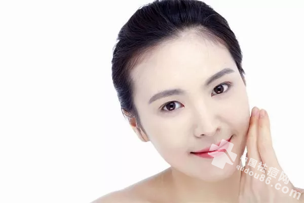 对护肤品过敏or皮肤敏感