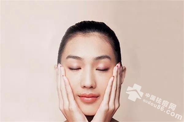 <a href=http://www.qudou86.com/tag/zhongyaodou/ target=_blank ><a href=http://www.qudou86.com/tag/zhongyao/ target=_blank >中药</a><a href=http://www.qudou86.com/tag/dou/ target=_blank >祛<a href=http://www.qudou86.com/tag/dou_3982/ target=_blank >痘</a></a></a>靠谱吗?中医<a href=http://www.qudou86.com/tag/dou/ target=_blank >祛<a href=http://www.qudou86.com/tag/dou_3982/ target=_blank >痘</a></a>给用的<a href=http://www.qudou86.com/tag/zhongyaodou/ target=_blank ><a href=http://www.qudou86.com/tag/zhongyao/ target=_blank >中药</a><a href=http://www.qudou86.com/tag/dou/ target=_blank >祛<a href=http://www.qudou86.com/tag/dou_3982/ target=_blank >痘</a></a></a>配方<a href=http://www.qudou86.com/tag/xiaoguo/ target=_blank >效果</a>好吗